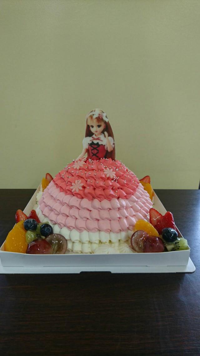 リカちゃん(ドールケーキ)
